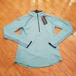 NWT size M Under Armour 1/2 zip long sleeve tee